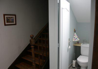 Rez-de-jardin, WC couloir