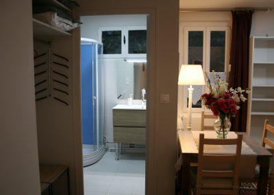 Chambre côté jardin (salle d'eau, wc)